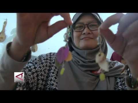 Xxx Mp4 Rupa Rupi Handycraft Market Sentra Kerajinan Jawa Barat 3gp Sex