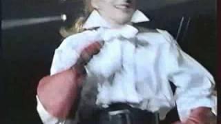 12. Libertine - Mylène Farmer (En Concert 89)