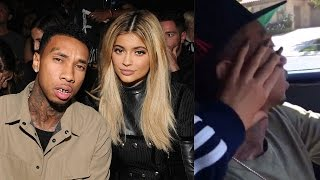 Kylie Jenner & Tyga Snapchat Major PDA While Driving