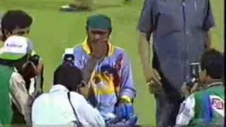 Vinod kambli crying after losing in semifinals..!!