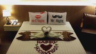 Simple Honeymoon Bed Decoration