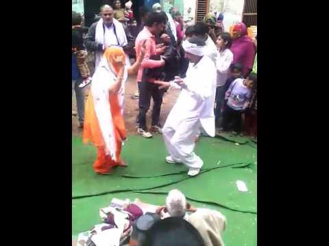 Desi danse in baroda village jija vs sali(3)