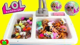 LOL Surprise Dolls Bubble Bath Time and Dress Up