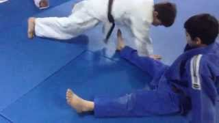 JUDO;  EXERCISE   FOR  KUMI -KATA.