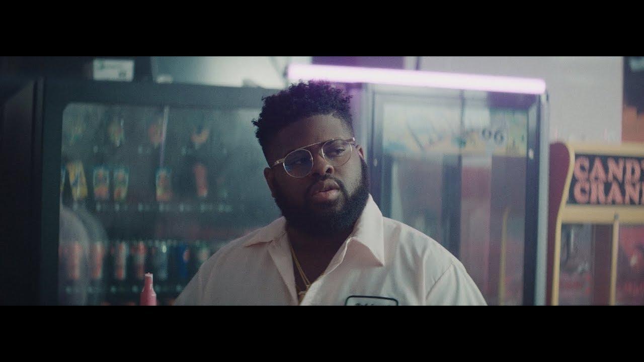 Pink Sweat$ - Honesty [Official Music Video]