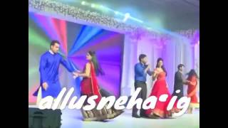 Allu Arjun Dancing With His Wife Allu Sneha In a Party Part-1