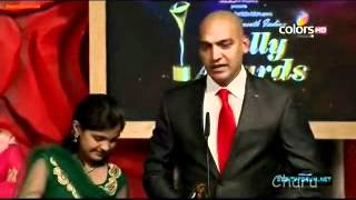 Manish Ji Receiving Best Actor (Jury) - 11th Indian Telly Awards