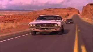 Vanishing Point - Dodge Challenger vs Charger