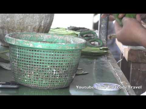 Xxx Mp4 Prepare Betel Nut Chew For Customer Tachilek Myanmar 3gp Sex
