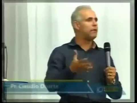 Pastor doidão ENSINANDO COMO O MARIDO TEM QUE TRATAR A ESPOSA