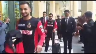 IPL 2016: Watch RCB being honored in Bangalore after their win against KKR! | itimes