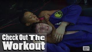 Brazilian Jiu Jitsu Tutorial At Class One MMA in Brooklyn | Check Out The Workout