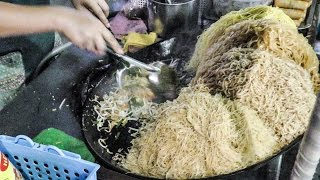 All Kinds of Pad Thai Noodles Cooked on the Streets of Bangkok, Thailand Street Food