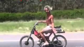 Bololo Haha, Parodia 2016 Video Do Zap Zap