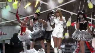 Taylor Swift - We Are Never Ever Getting Back Together at the Grammy Awards 2013 [HQ]