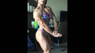 Alicia Alfaro IFBB Pro Physique : practice before competicion at the Tampa Pro 2015