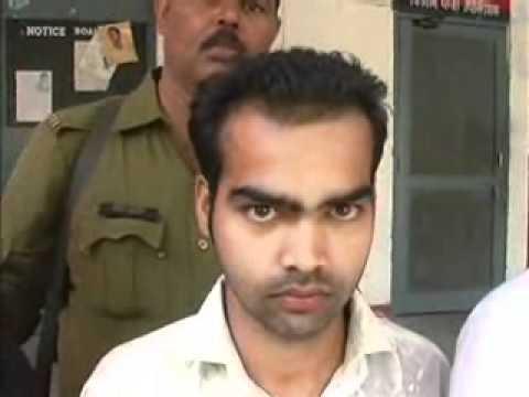 28-10-10 Greater Noida car loot gang arrested.wmv