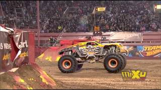 Max-D Double Backflip attempt - Monster Jam World Finals XIV Encore 2013 - Max-D 10th Anniversary
