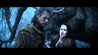 Snow White & The Huntsman: 5 Minute Trailer