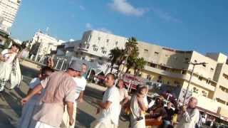 Jews' Hindu chanting n dancing