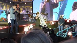 One Direction - What Makes You Beautiful (Horsens, Denmark 16.06.2015)