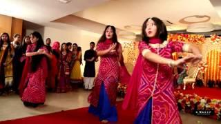 Runa's holud dance