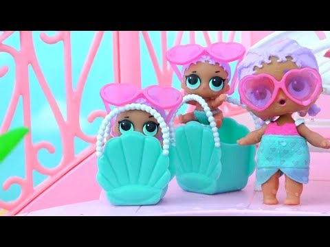 Toys Like Surprise Eggs for Kids L.O.L Dolls Series 2 and Lil Sisters in the Swimming Pool