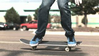 Skateology: Double kickflip (1000 fps slow motion)