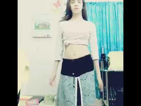 Xxx Mp4 সানিলিওন হার্ট অ্যাটাক করবে দেখলে Tripphy Tripphy Hot Dance By Zarin 3gp Sex