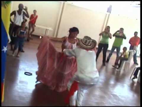 CUMBIA CIENAGUERA folklore Colombiano