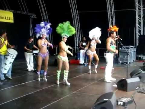 Sambrasil e Aki da Samba Show na Praca dos leoes
