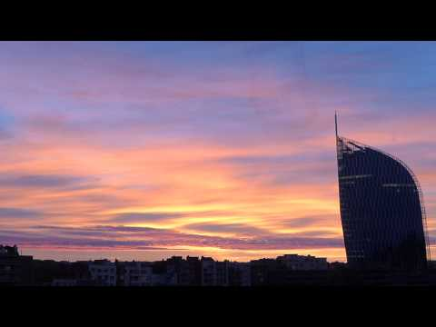 Sunrise on Liège Timelapse, for those in a hurry  ;)