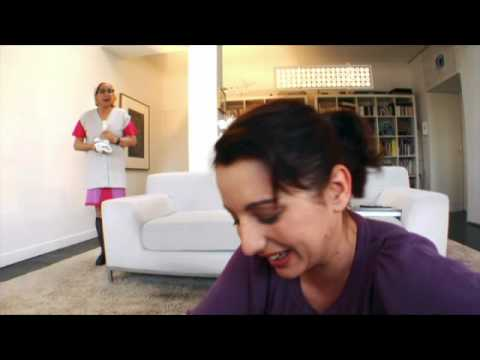 femme de chambre vidoemo emotional video unity. Black Bedroom Furniture Sets. Home Design Ideas