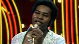 The Moments - What's Your Name (Soul Train 1974)