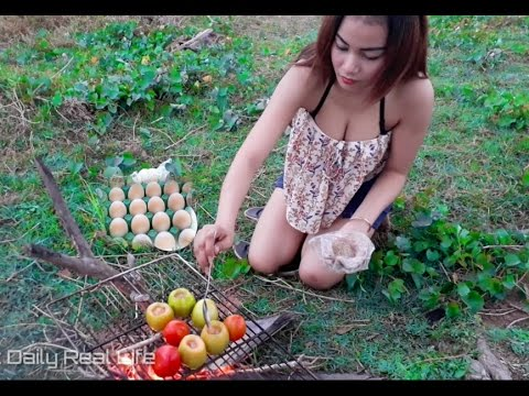 Beautiful girls cooking village Eggs with Tomato On Rice Field - How to Made Food Village my Country