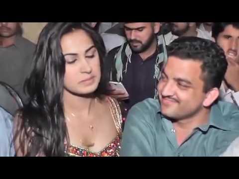 Xxx Mp4 Main Mahi Dy Khu Tu Pani Da Ghar Jhol 39 Jhol K Bhardi A 3gp Sex