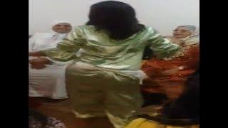 رقص شعبي مغربي بجلابة كلشي باين واااو
