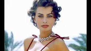 Ten Pictures of sophia loren So Sexy they were banned in the 60s