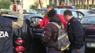 Palermo, spacciavano droga nei quartieri Zen e Ballarò: 5 arresti