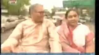 Prithibi Bodle Geche (Dhaka Shohor)
