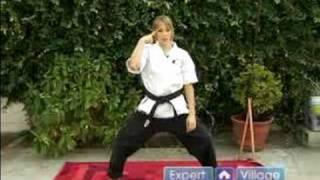 Koden Kan Karate Moves for Beginners : Roundhouse Punch in Koden Kan Martial Arts