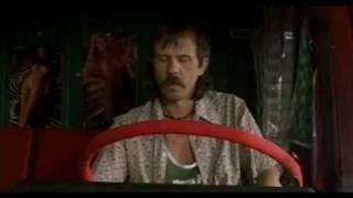 Sivi Kamion Crvene Boje - Udri Bruce Lee Tepaj Bruce Lee