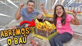 EM BUSCA DO TESOURO ABANDONADO NA MINHA CASA! (ABRIMOS O BAÚ) - JULIANA BALTAR