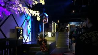 Sunshine Biskaps wins Pole Dancing Competition