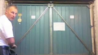 Garage Door Spares Parts - How to change garage door cables on a Henderson Merlin Garage Door