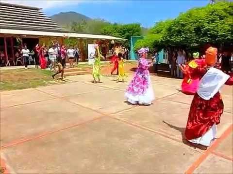 Calipso de El Callao con el Grupo Danza Tradicional UNEARTE Nueva Esparta