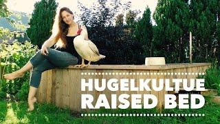 Hugelkulture: Building a Free Raised Bed with reclaimed wood for the Hugelkultur bed