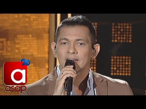 ASAP: Gary V sings