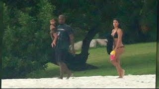 Kim Kardashian and Kanye West's Loving Family Beach Pics | Splash News TV | Splash News TV