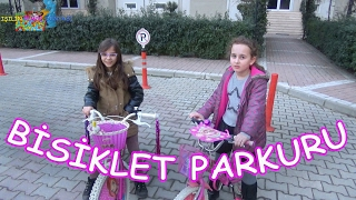 BİSİKLET PARKURU Arkadaşım Beril vs Ben - Eğlenceli Çocuk Videosu - Funny Kids Videos